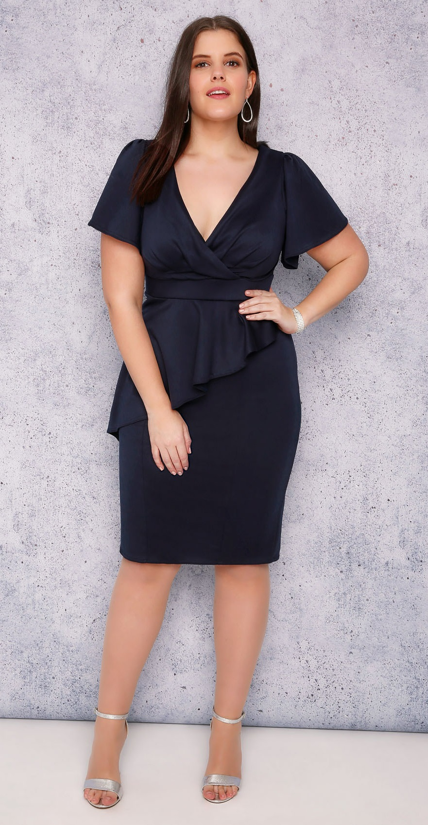 4fd3fcba775 plus-size-wedding-guest-dress-sleeves-alexawebb-217-18. Published on  February 22